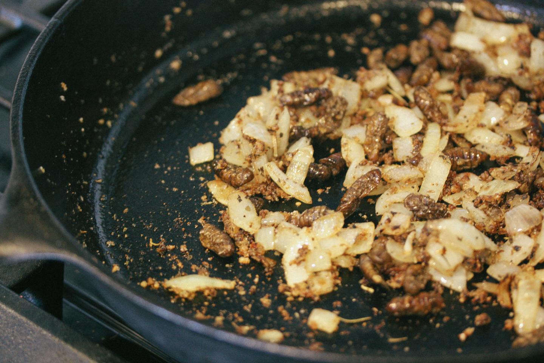 Onion, garlic and silkworms