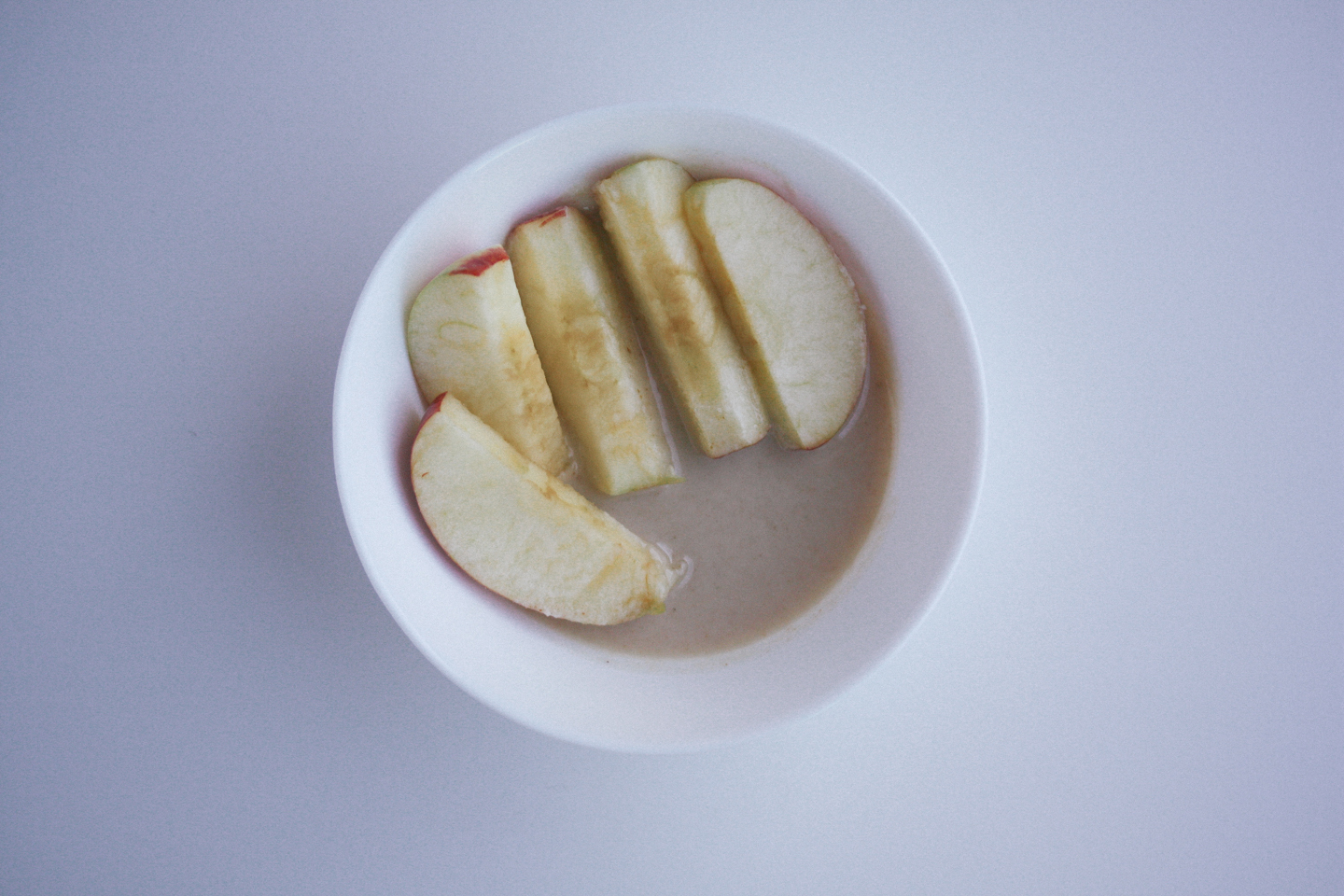 Macadamia Coconut Butter & Apples